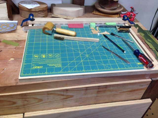 My marquetry cutting board.  Yes, I bought the green mat at the quilt show.  All you quilters have one for cutting fabric.